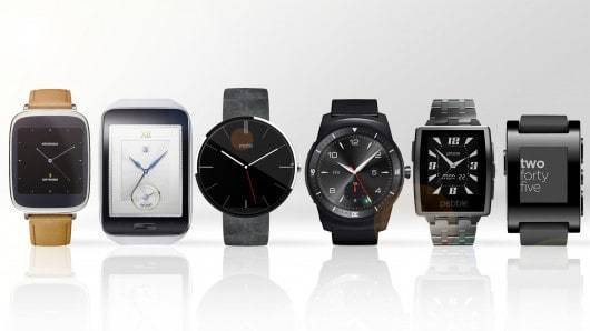 Stay Connected: Digital v Traditional Watches
