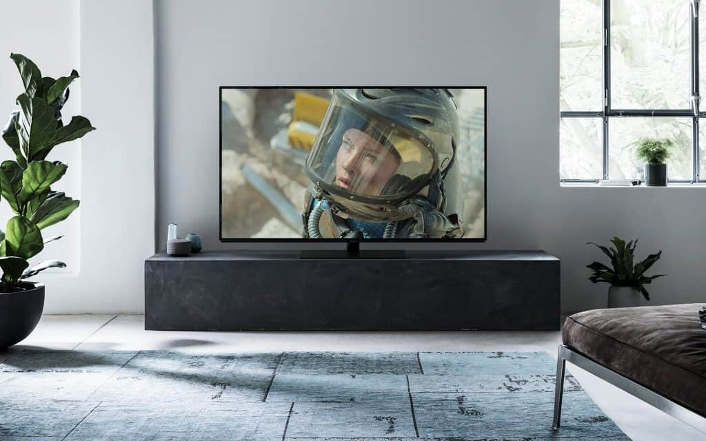 Panasonic announce 4K OLED FZ800 and FZ950 TVs & DP-UB820 Ultra HD Blu-ray at CES 2018