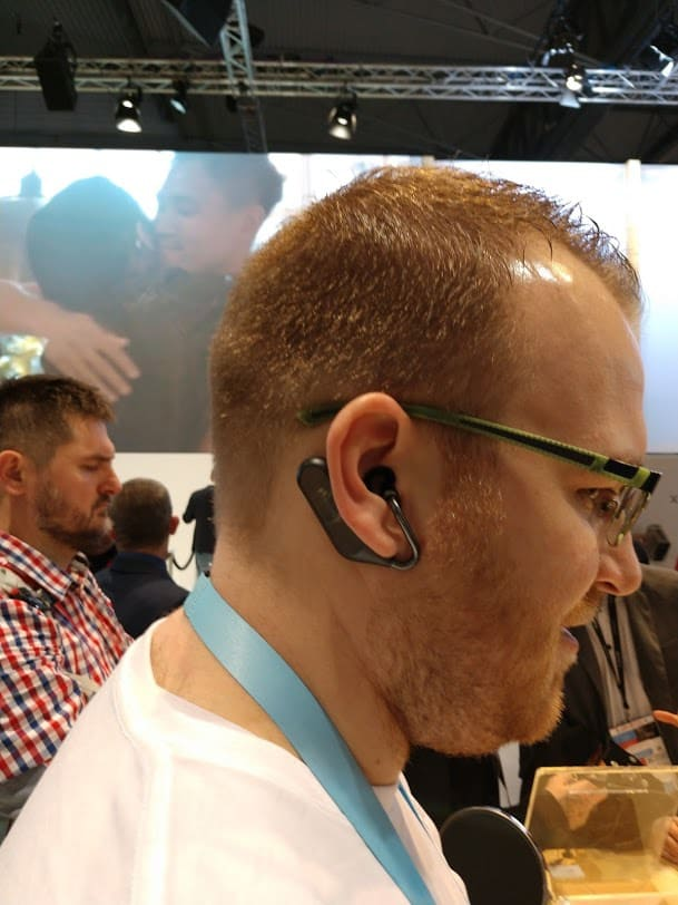Sony Xperia Ear Duo Hands On Review #MWC2018 4