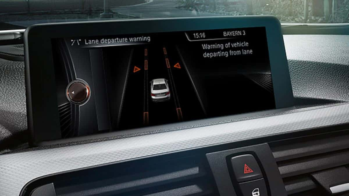 Top Tech Found in the Cars of Today 1