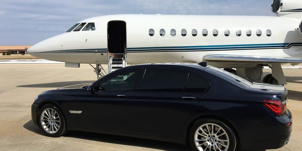 How Technology Can Make Booking a Private Jet Easier
