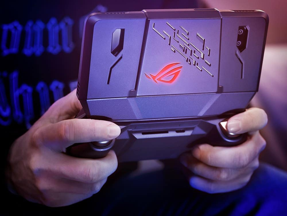 ASUS ROG Gaming Phone with speed-binned 2.96Ghz Qualcomm Snapdragon 845 and 802.11ad Demoed 4