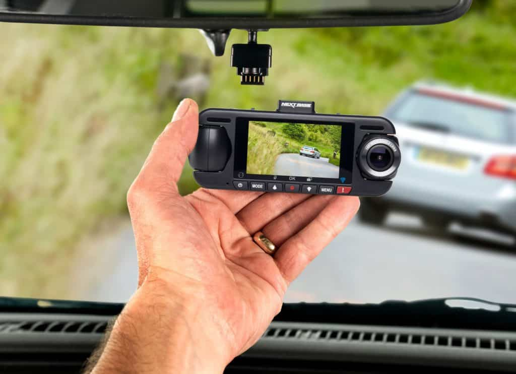 Best Dash Cams for 2018 (Front and Rear) 1