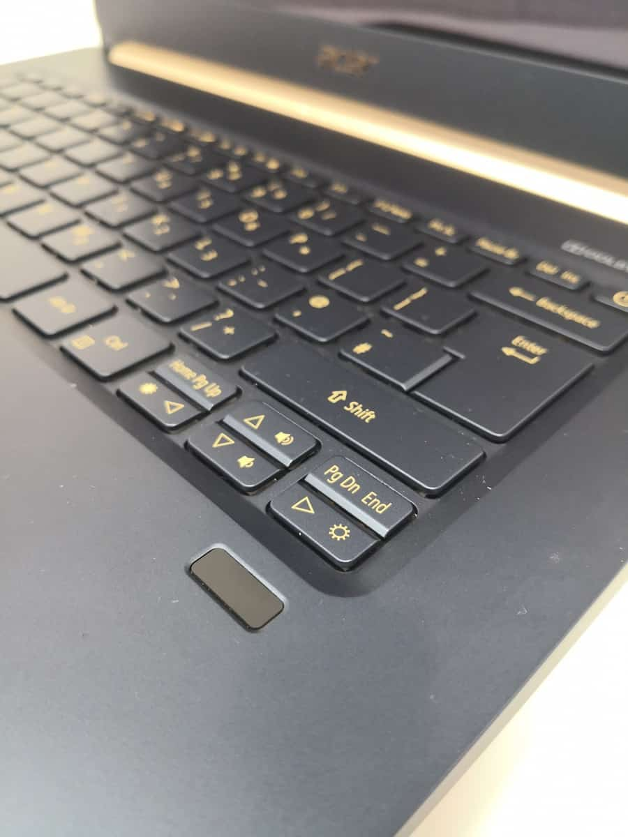 Acer Swift 5 Review (2018) - A 970g laptop ideal for commuters - SF514-52T 6