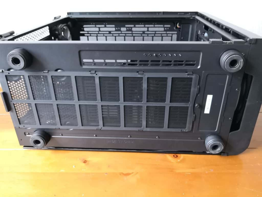 Thermaltake Level 20 GT RGB Plus Full Tower PC CaseReview 11