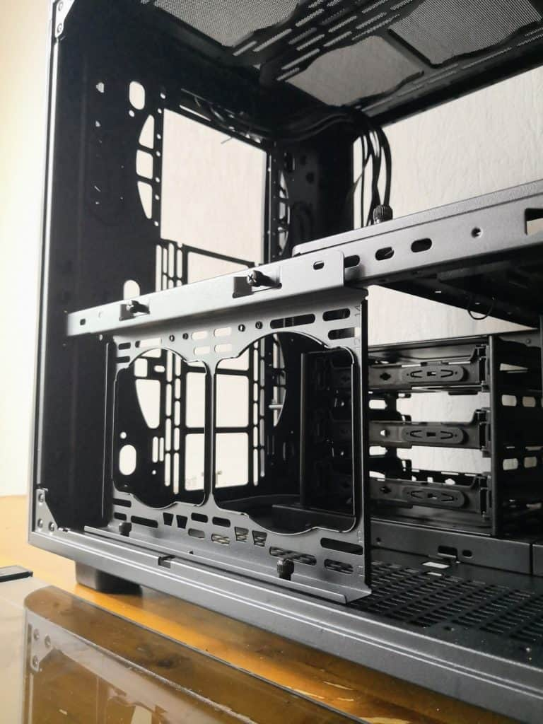 Thermaltake Level 20 XT Cube Chassis Review - The ultimate watercooling PC case 18