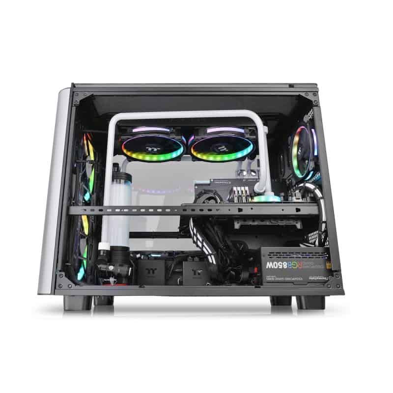 Thermaltake Level 20 XT Cube Chassis Review - The ultimate watercooling PC case 4