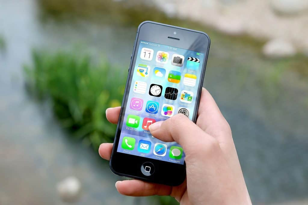 Android or iOS: Which is Best for You? 2