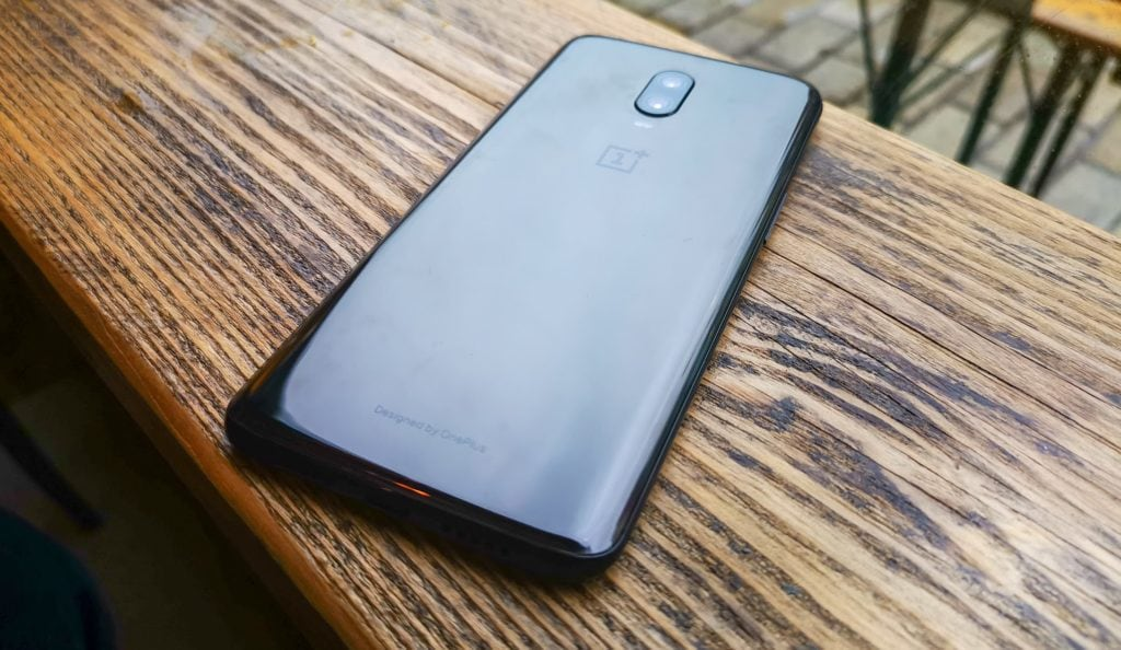 OnePlus 6T Review – The smart buyers choice 2