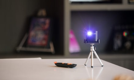 PIQO – The Word's Smartest and Most Powerful 1080p Pico Pocket Projector