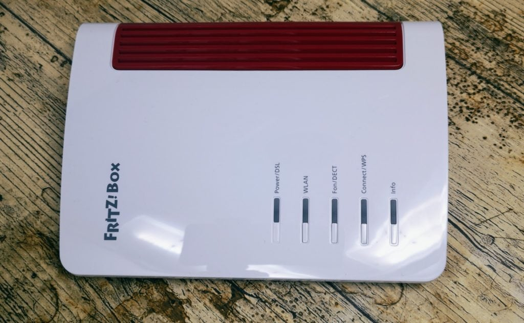 AVM FRITZ!Box 7530 Router with VDSL/ADSL Modem Review 4