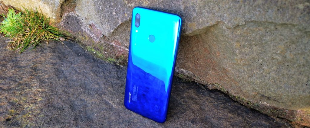 Huawei P Smart 2019 Review – premium looks and features for under £200 6