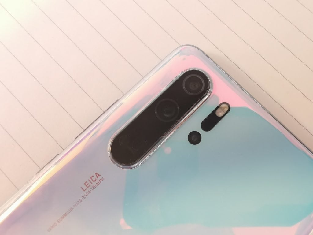 Huawei P30 Pro Announced & Hands on Review – Quad camera, 40MP, 10x zoom, 409600 ISO 3