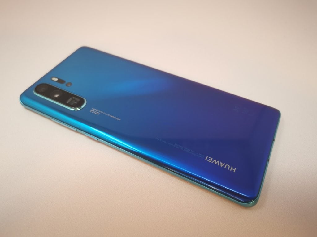 Huawei P30 Pro Announced & Hands on Review – Quad camera, 40MP, 10x zoom, 409600 ISO 5
