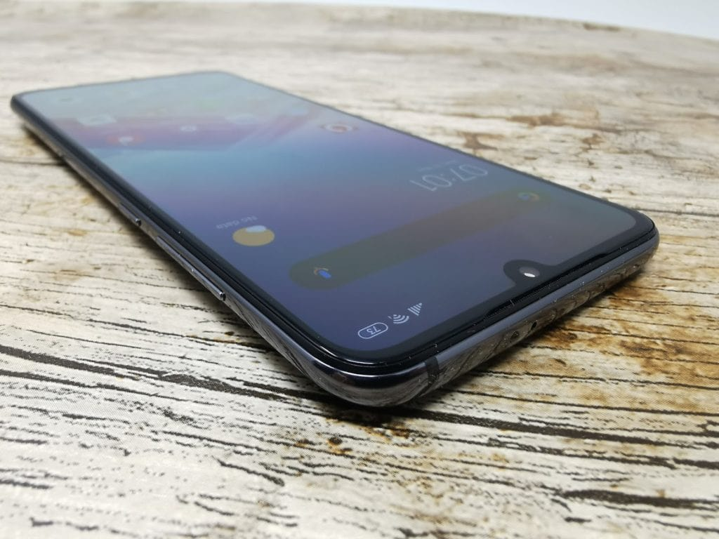 Xiaomi Mi 9 Review – The most affordable flagship device in the UK (for now) 5