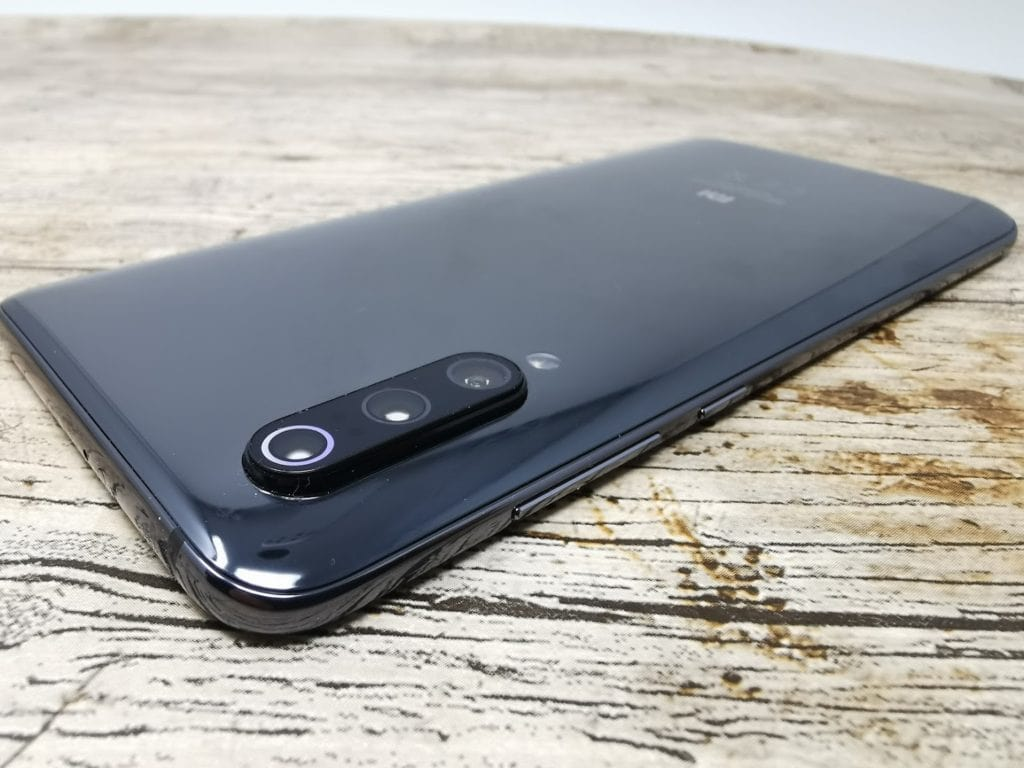 Xiaomi Mi 9 Review – The most affordable flagship device in the UK (for now) 6
