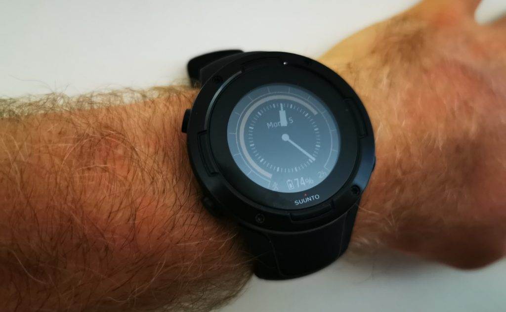 Suunto 5 Review - An affordable running / triathlon watch with an exceptional battery 3