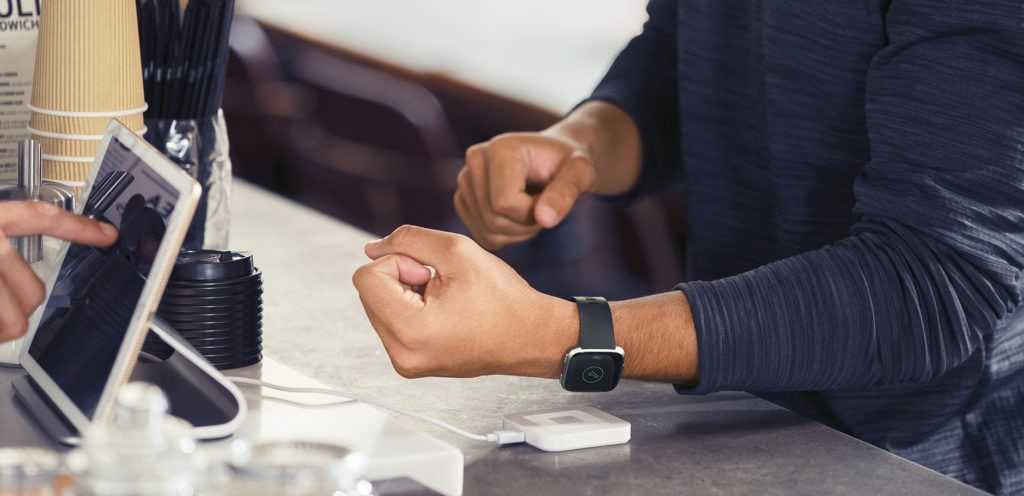 Fitbit Versa 2 Launched with OLED display, NFC and Alexa support. Still no GPS 3