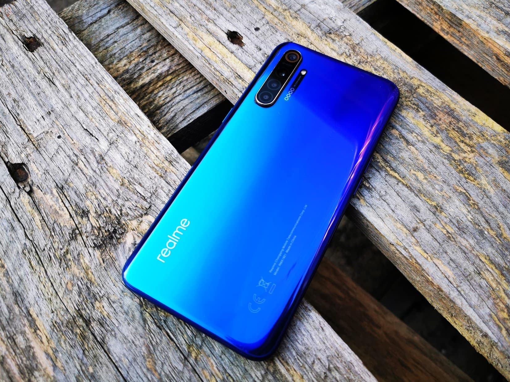 Realme X2 Review – Probably the best sub £300 Android phone right now
