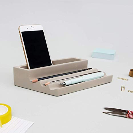 Top 10 Business Accessories You Must Have For Your Modern Office 1