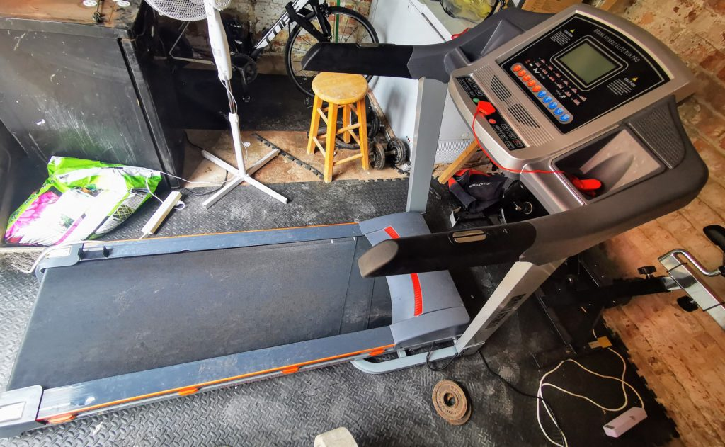 Branx Fitness Foldable Elite Runner Treadmill Review – Keeping me sane & socially distant during lockdown - Best Treadmill Under £1000 3