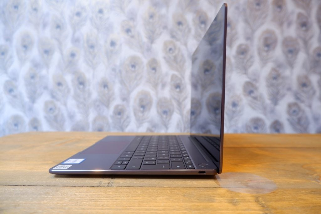 Huawei Matebook 13 (2020) Review with i7-10510U & MX250  - Better than the Dell XPS 13? 1