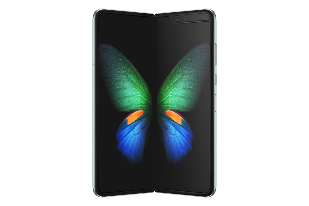 Samsung Galaxy Z Fold2 vs Galaxy Fold – Considerably improved external display & new SD865+ chipset, still can't afford it. 4