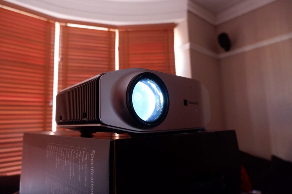GooDee YG620 Native 1080P Full HD Projector Review – Full-sized projector for a superior image vs pico and mini 4