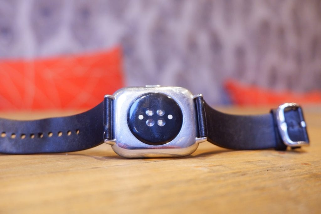 Zepp E Square Watch Review – Less features & more expensive vs Amazfit GTS 5