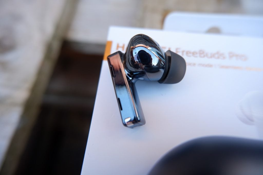 Huawei Freebuds Pro Review – Are these the best ANC earphones? And how do they compare to the Freebuds 3? 2