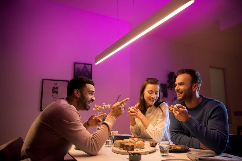 Philips Hue Play gradient gives TV's & console gamers some addressable RGB + new Hue bulbs 2