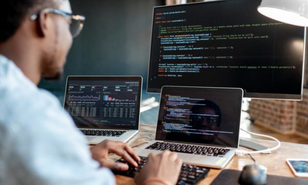 8 Things You Need To Consider While Hiring A Software Developer